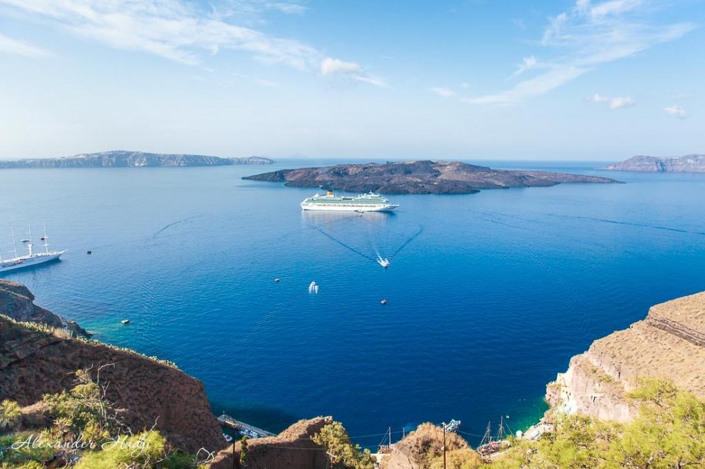 Santorini cable car santorini cruise port to Fira