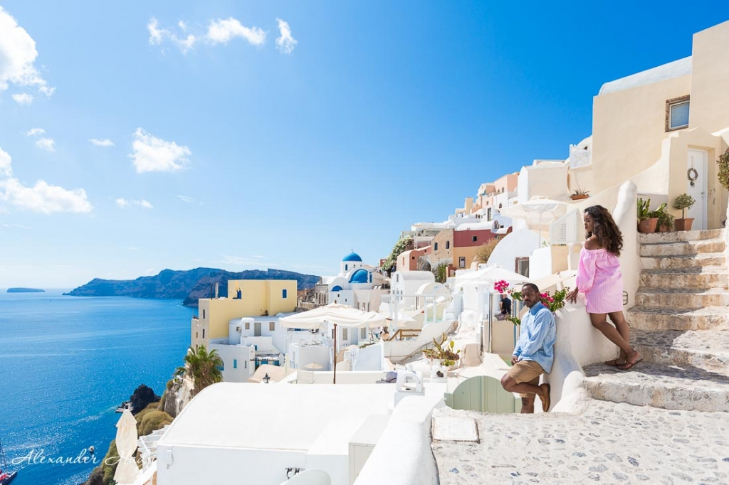 Things to do in Santorini photo shoot