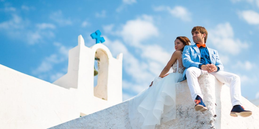 Santorini wedding photo shoot blue domes