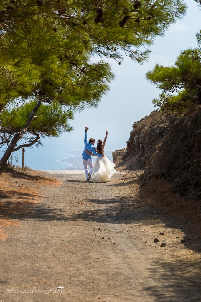 Wedding photo session in Santorini