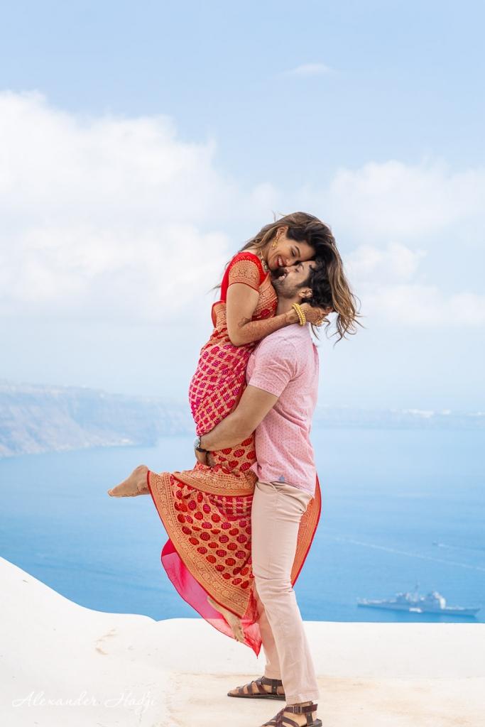 Santorini romantic photo shoot