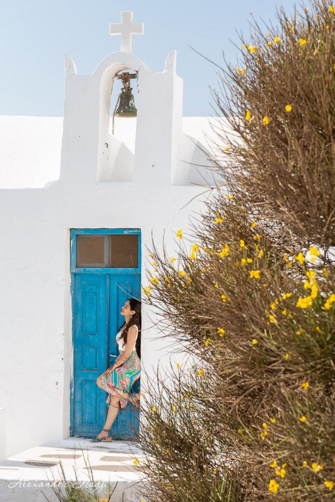 Santorini couple photo shoot