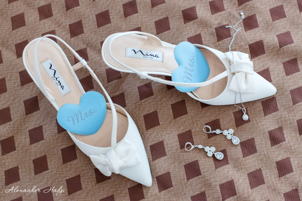 Santorini wedding photoshoot bride shoes