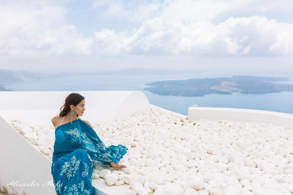 Santorini portrait photographer