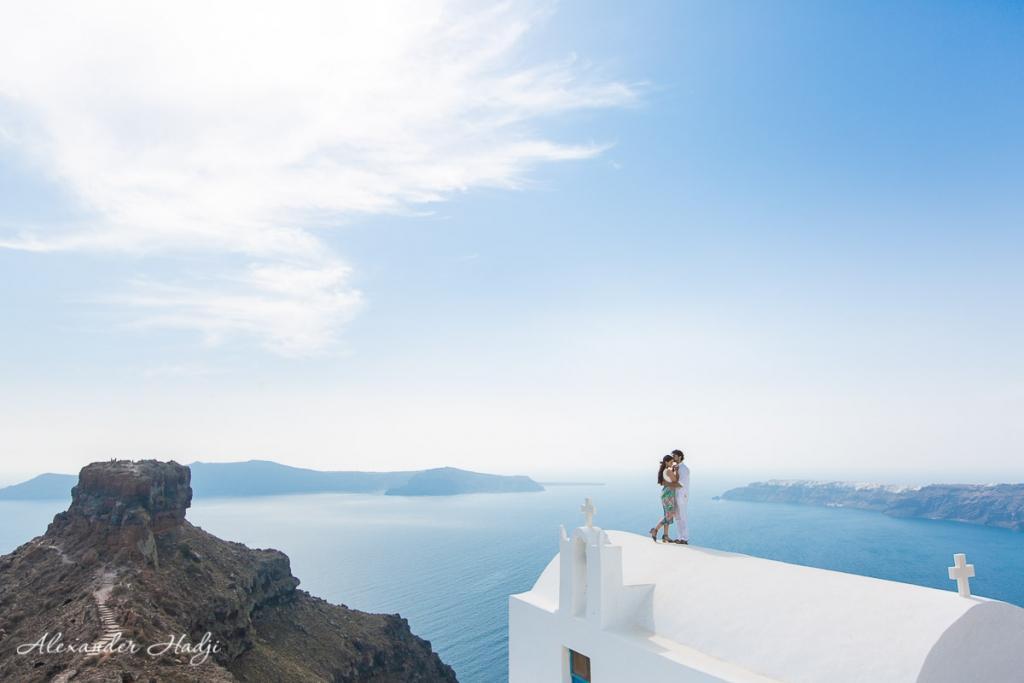 Santorini couple photoshoot